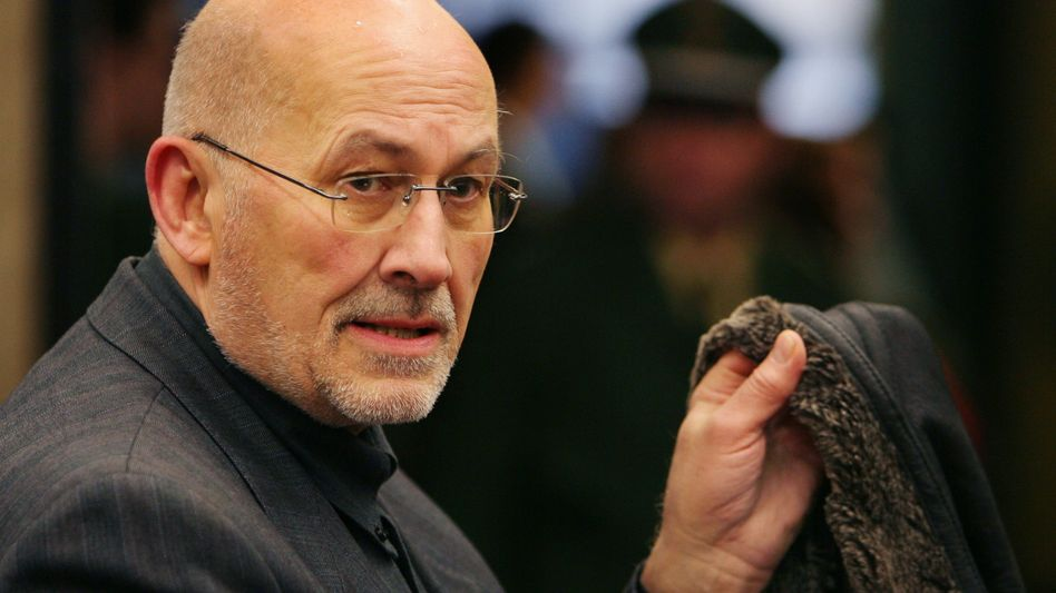 Verurteilter Rechtsextremist Mahler: Erklärt sich zu Stasi-Vorwürfen