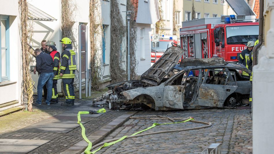 Feuerwehrleute in Verden