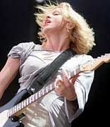 Courtney Love: Eigenwillige Witwe