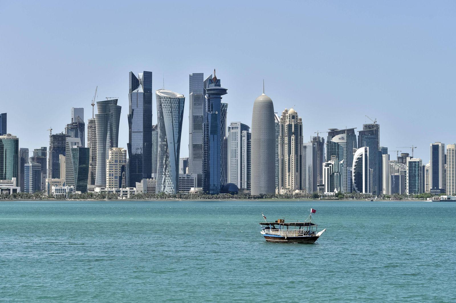 EINMALIGE VERWENDUNG Katar/ Skyline
