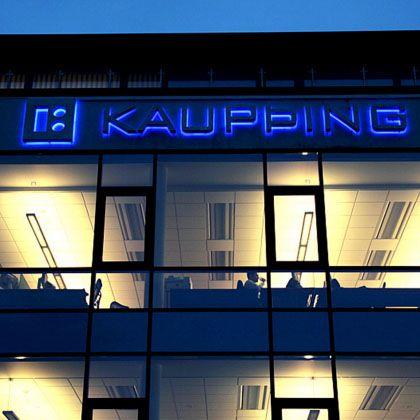 Filiale der Kaupthing-Bank: Monatelange Verzögerung bei Kundenentschädigung