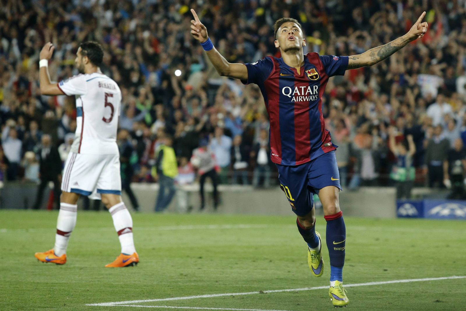 BARCELONA May 6 2015 Barcelona s Brazilian forward Neymar R celebrates after scoring during t