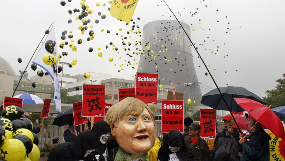 An anti-nuclear power protest in front of the Emsland plant in Lingen, Germany, on Thursday. Chancellor Angela Merkel says she wants to extend the lifespans of Germany's nuclear plants by 10 to 15 years.