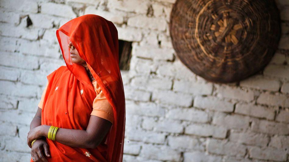 Großmutter eines der Opfer: Die Familien sind Dalit - als unberührbar diffamierte Menschen