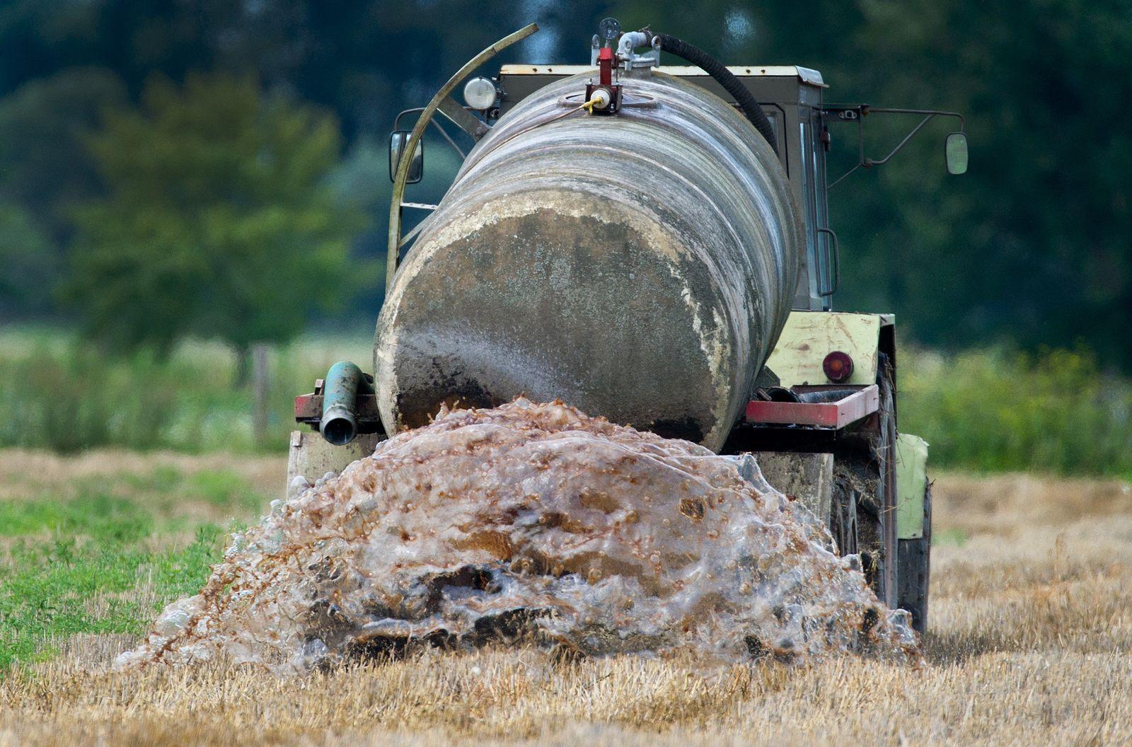 Traktor Gülle