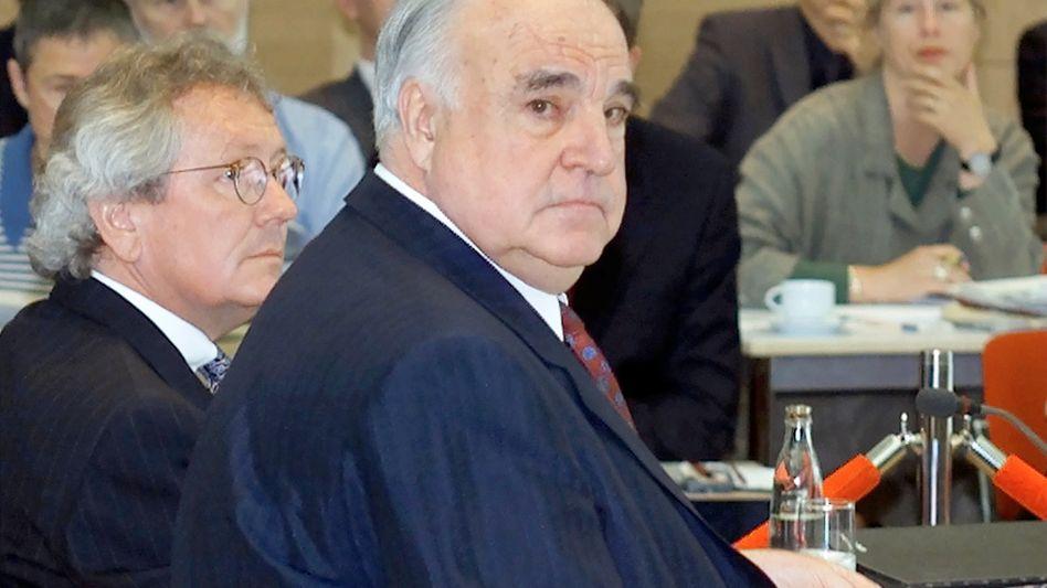 Helmut Kohl vor dem Untersuchungsausschuss