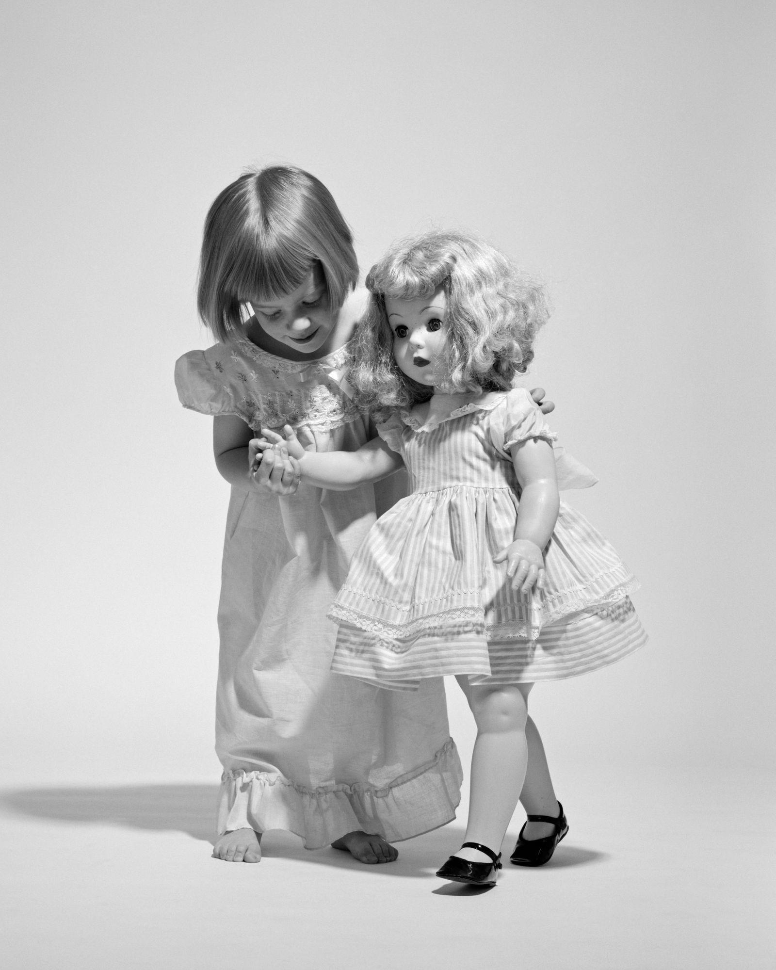 1950s 1960s LITTLE GIRL...