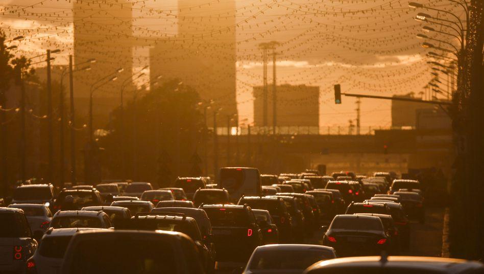 Straßenlärm (Foto aus Moskau)