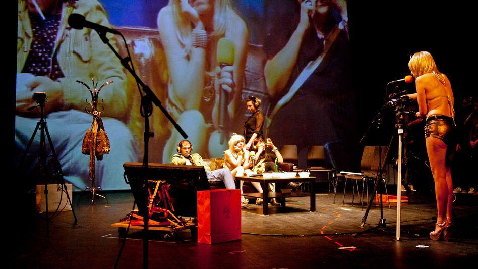 Freie Theatergruppe Gob Squad: Zu Gast beim internationalen Sommerfestival