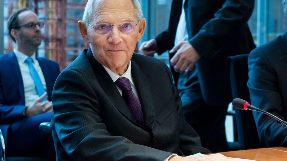 Post von Bundestagspräsident Wolfgang Schäuble (CDU): Mitarbeiter sind keine Wahlkampfhelfer