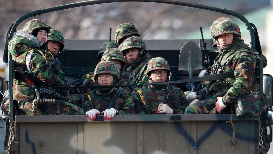 Südkoreanische Marinesoldaten: Militärübungen an 29 Orten