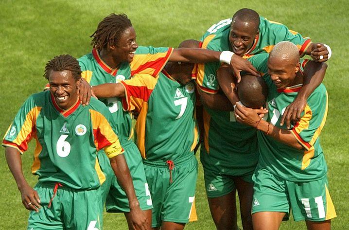 Senegals Team 2002 (Cissé im Trikot mit der 6)
