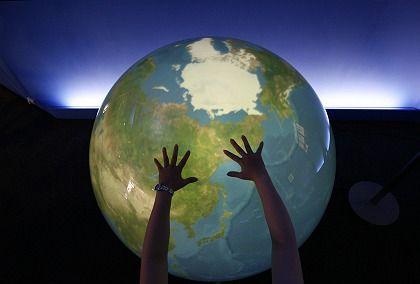 Echtzeit-Wetterdaten auf einem digital gespeisten Globus: Muss das Web sparsamer werden?