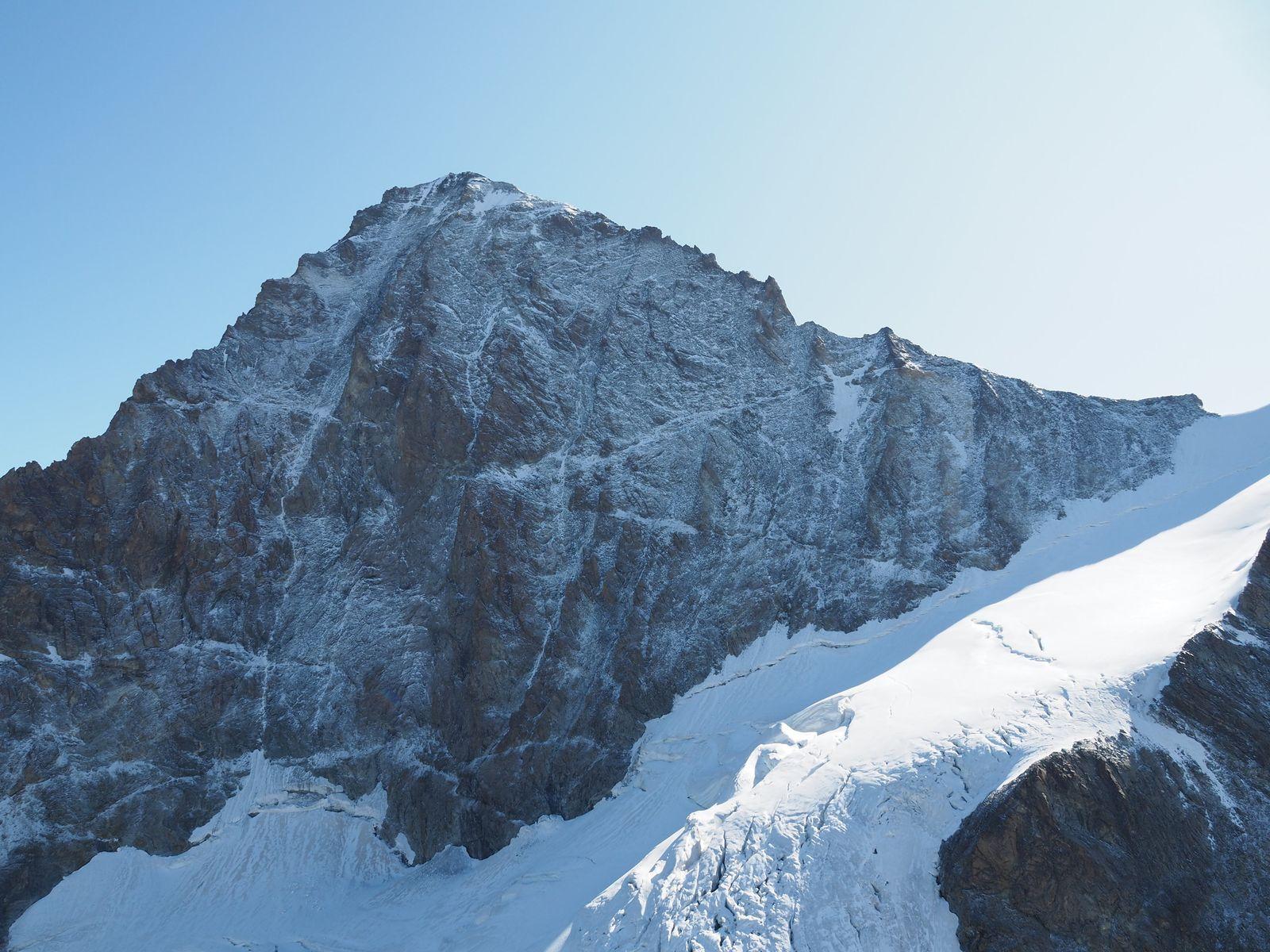 Zwei deutsche Bergsteiger stürzen in der Schweiz in den Tod