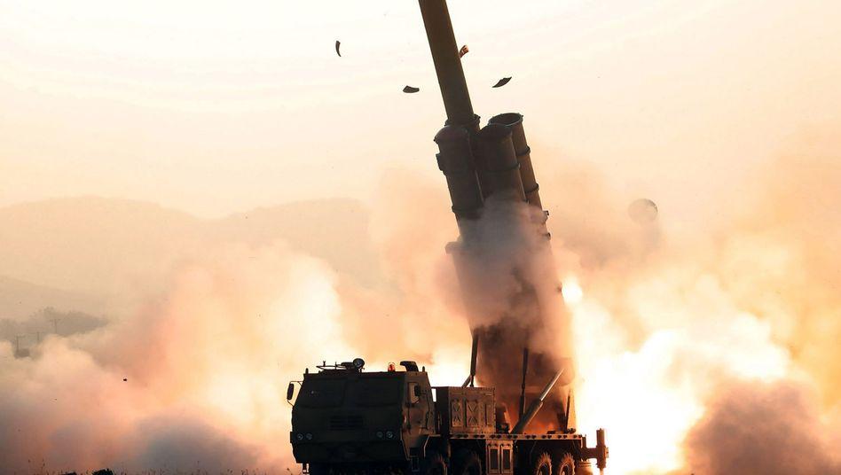 Raketenstart in Nordkorea: Das Foto wurde von der nordkoreanischen Nachrichtenagentur KCNA veröffentlicht
