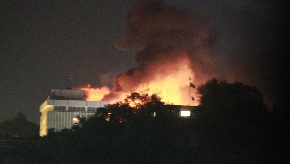 Selbstmordanschlag in Kabul: Terrorkommando stürmt Luxushotel