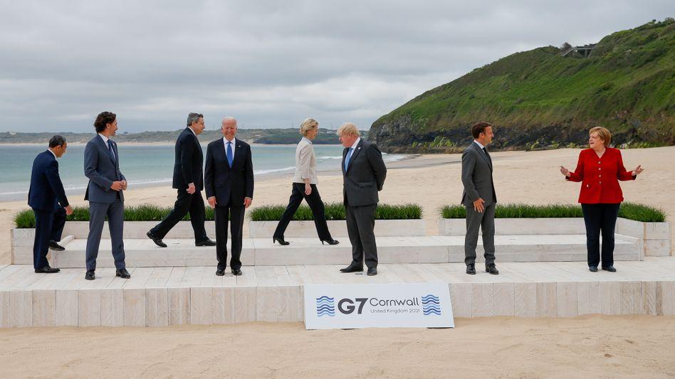 Staat- und Regierungschefs der G7-Staaten beim Gipfeltreffen in Cornwall