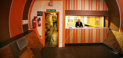 Tunnel-Bar: Willkommen im Untergrund