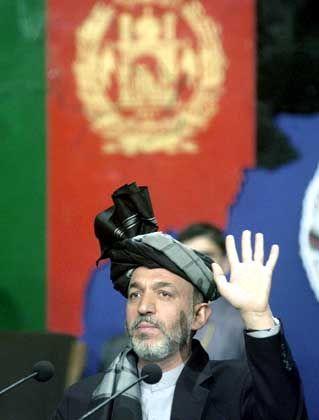 Afghanistans neuer Präsident: Hamid Karzai