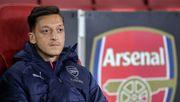 """""""Tief enttäuscht"""" - Arsenal meldet Özil nicht für die Premier League"""