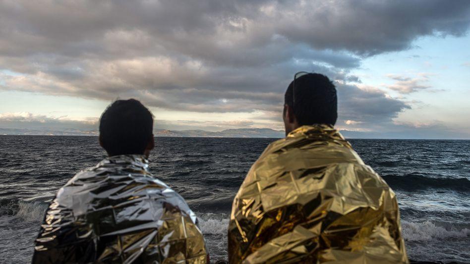 Flüchtlinge auf Lesbos: Schwierige Umverteilung