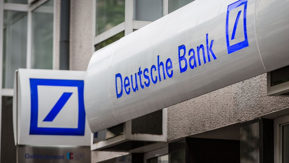 Deutsche-Bank-Filiale in Frankfurt