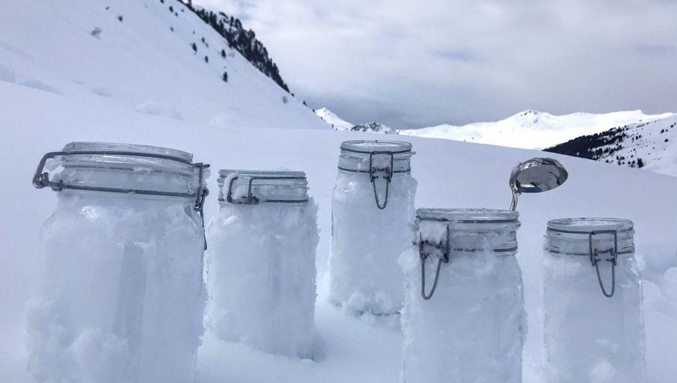 Im Schnee steckt das Mikroplastik, wie die Forscher herausfanden
