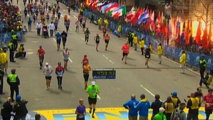 Boston-Marathon: Auf der Zielgeraden von den Beinen gerissen