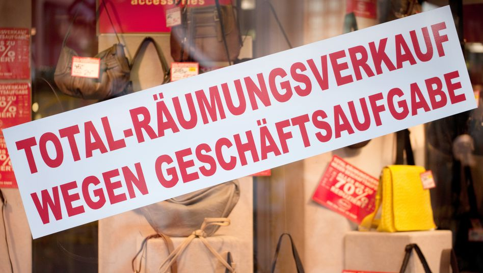 Räumungsverkäufe wegen Geschäftsaufgabe drohen vielen Unternehmen