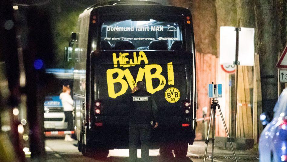 Ermittler nach dem Anschlag auf den Dortmunder Mannschaftsbus