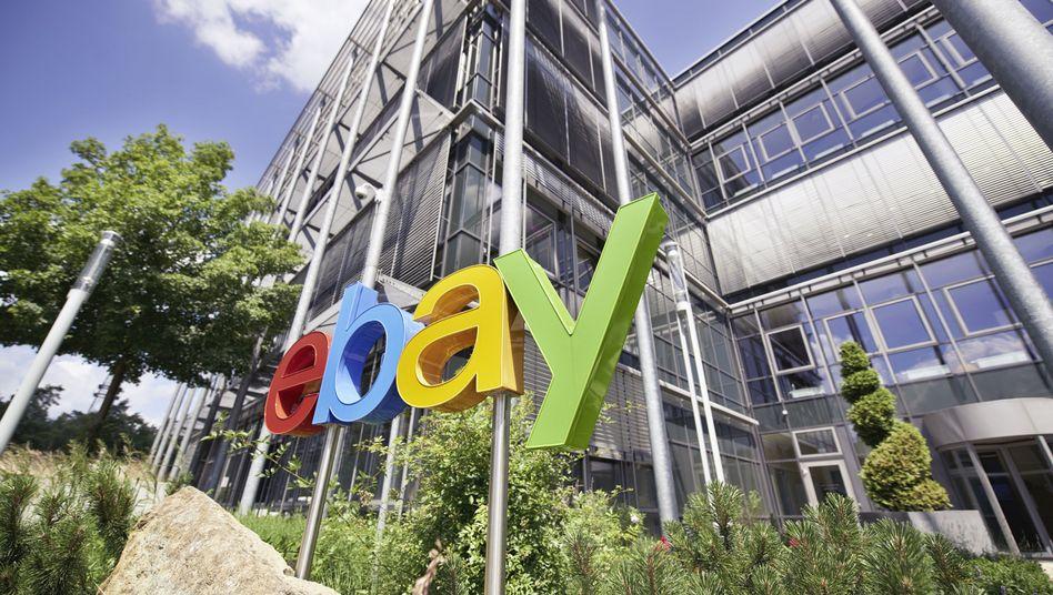 Ebay-Logo am Firmensitz in Dreilinden: Angreifer erbeuteten sensible Daten