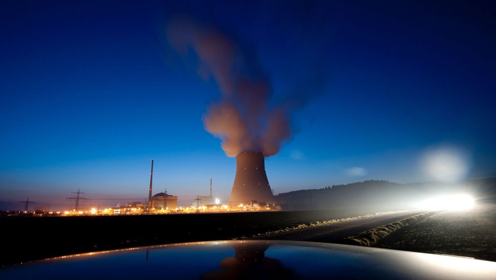 Photo Gallery: Nuclear Power Struggle