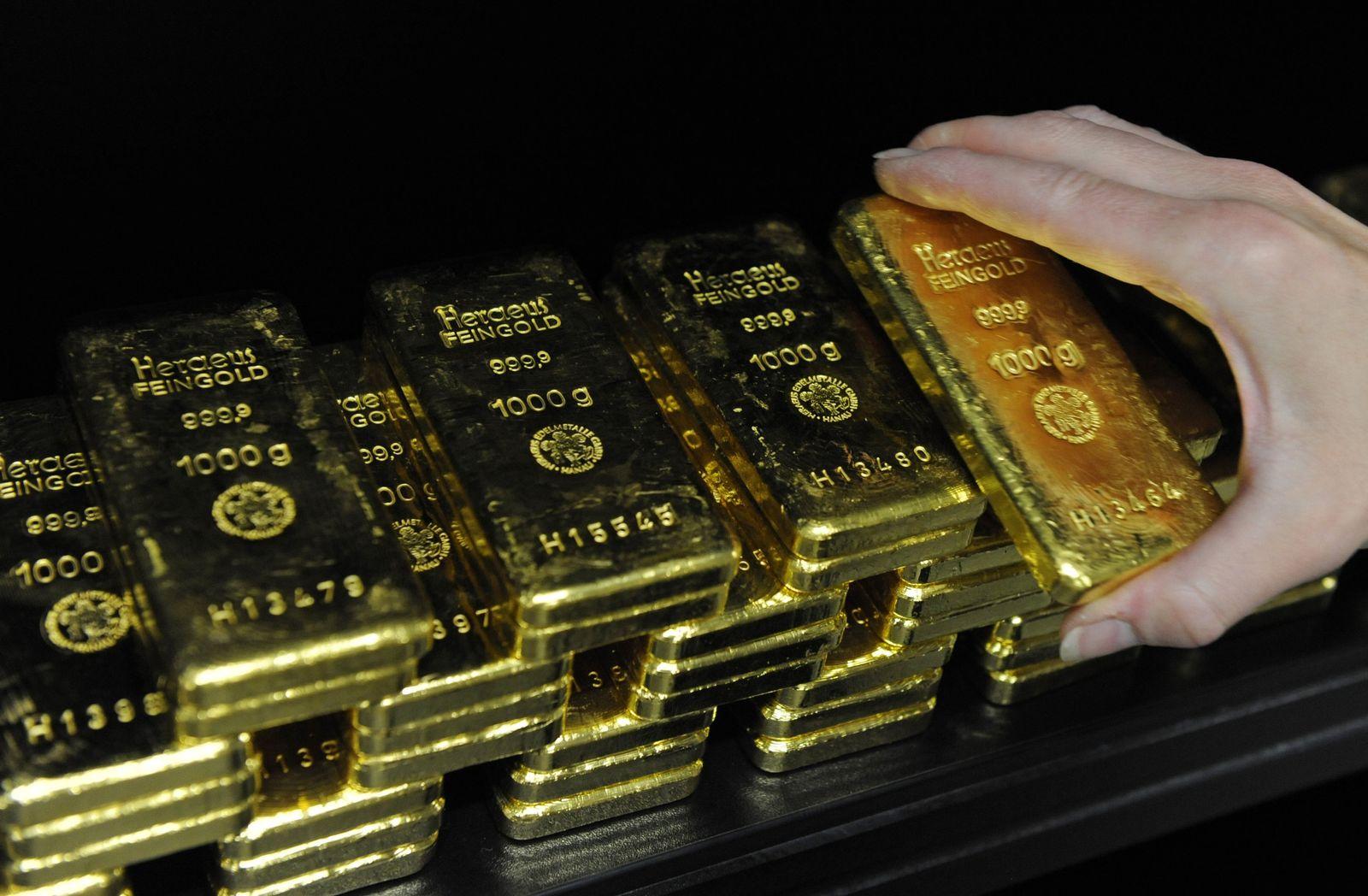 Multipart Investments/ Gold-Händler