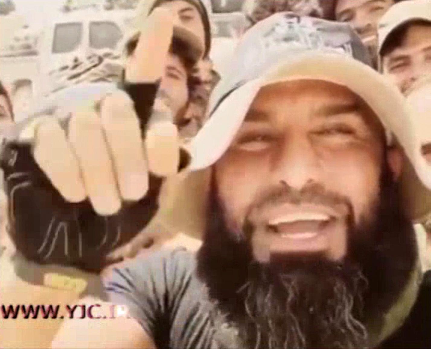 NUR FÜR EINESTAGES Schiitischer Milizionär Abu Azrael