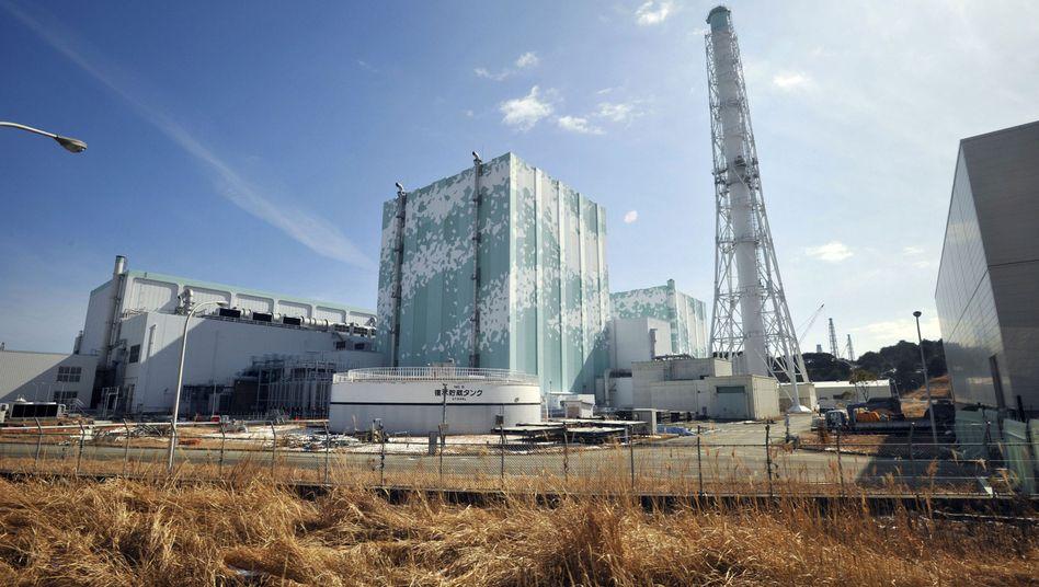 Bislang verschont: Die Atomreaktoren Nummer 5 und 6 auf dem Gelände des havarierten AKW Fukushima