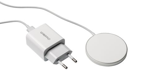 Hersteller: ChoetechAnschluss: USB-C-KabelKabellänge: 145 cm+ eigenes USB-C-Netzteil+ genau so schnell wie Apples MagSafe-Adapter+ günstig- harte Kontaktfläche