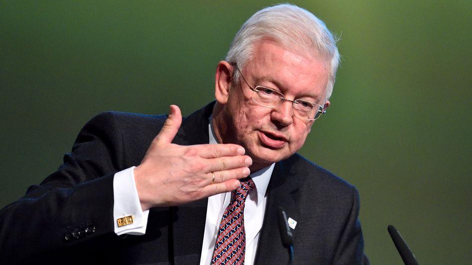Roland Koch (im Mai 2014): Keine Zukunft in der Politik