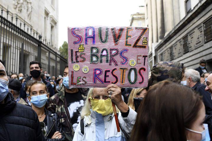 Gastwirte und Barbesitzer protestieren in Marseille