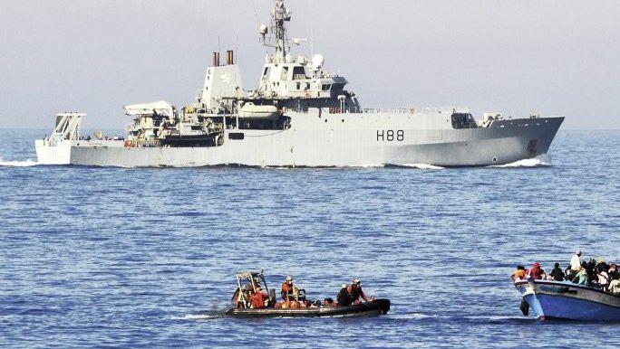Britisches Schiff bei EU-Hilfsmission 2015