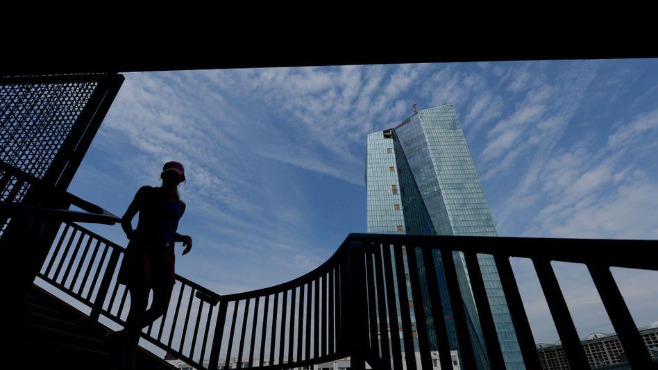 Neues Gebäude der Europäischen Zentralbank (EZB) in Frankfurt am Main