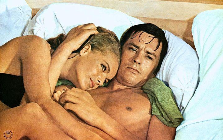 """Romy Schneider und Alain Delon in """"Der Swimmingpool"""" (1969)"""
