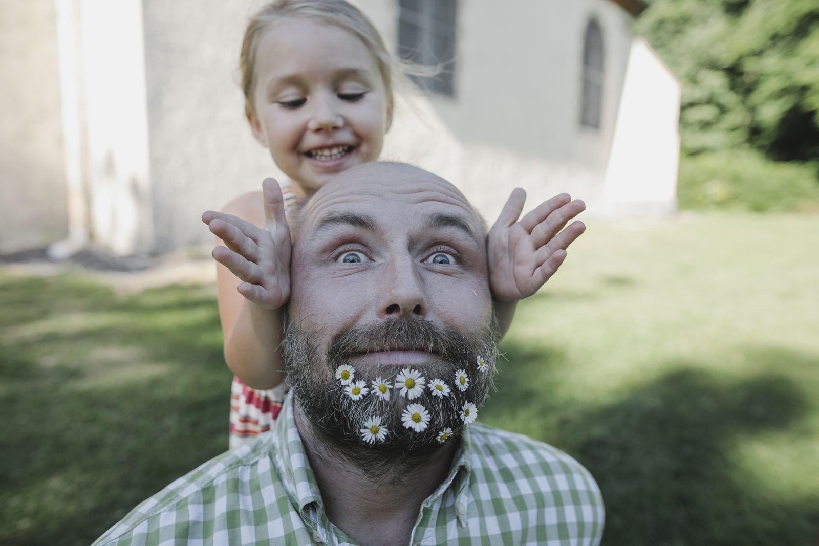 EINMALIGE VERWENDUNG Vater/ Tochter