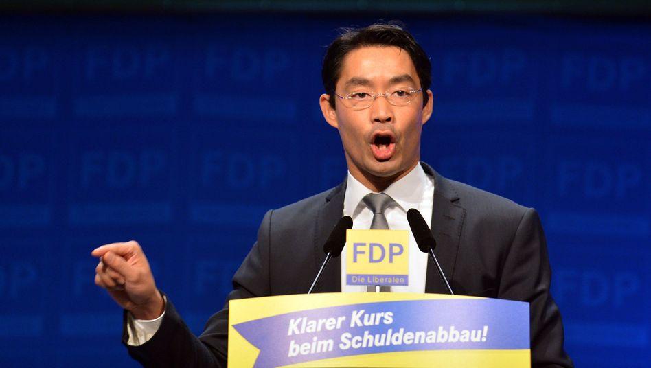 FDP-Chef Rösler (im Juli): Strikte Ablehnung höherer Steuern für Reiche
