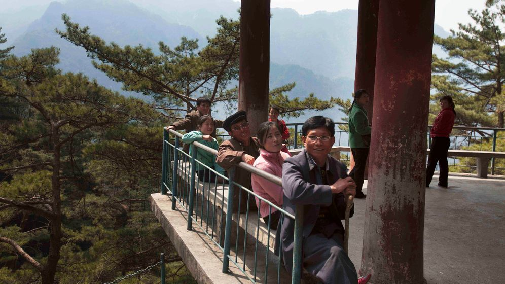 Reiseziel Nordkorea: Berge und Beton