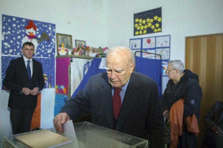 Präsident Papoulias bei der Wahl: Volk soll kühlen Kopf bewahren