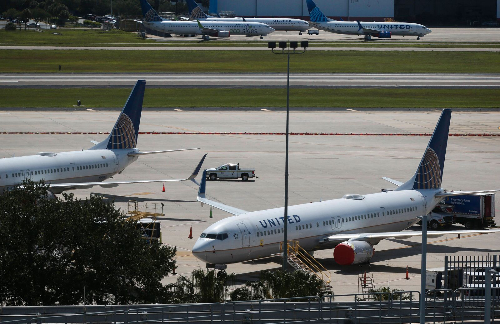 May 7, 2020, Tampa, Florida, USA: United Airlines planes on the tarmac at Tampa International Airport on Thursday, May 7