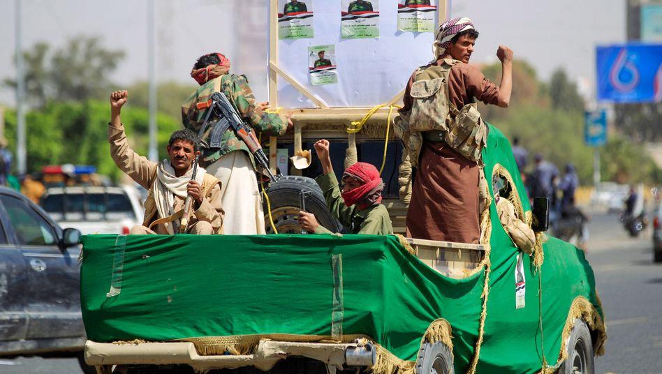 Verbündete der Huthi-Rebellen in Sanaa