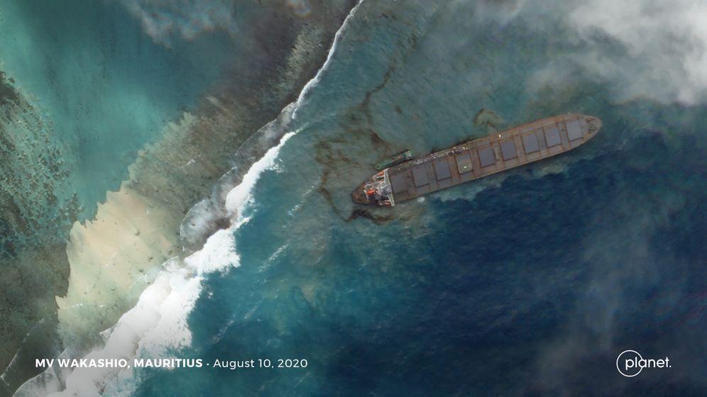 """Frachter """"MV Wakashio"""" vor Mauritius: 1000 Tonnen Öl im Meer"""