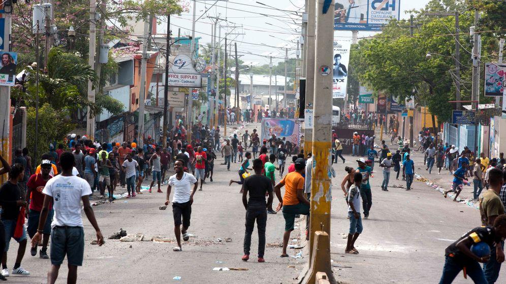 Geplante Bezinpreiserhöhung: Proteste auf Haiti