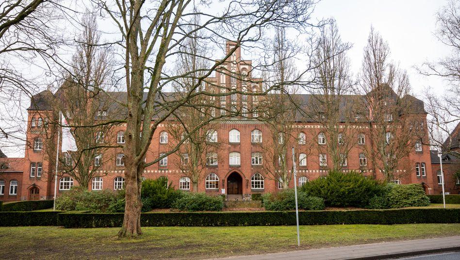 Psychiatrische Klinik in Lüneburg: Gewalteinwirkung auf den Hals